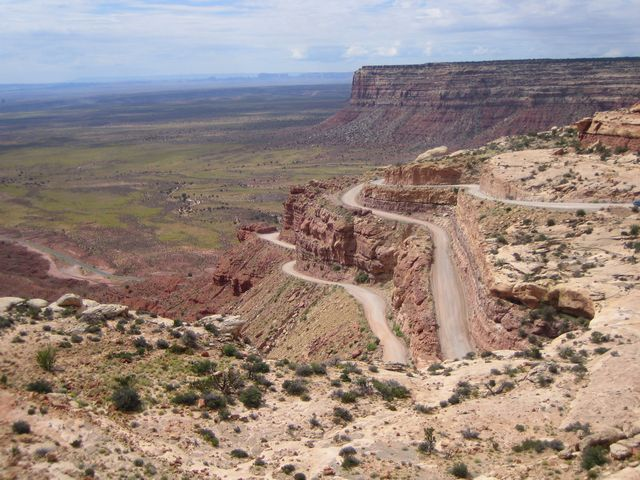 The Moqui Dugway -- no place for too-big trucks, or trailers - photo from Craig Holl at Midwestroads.com